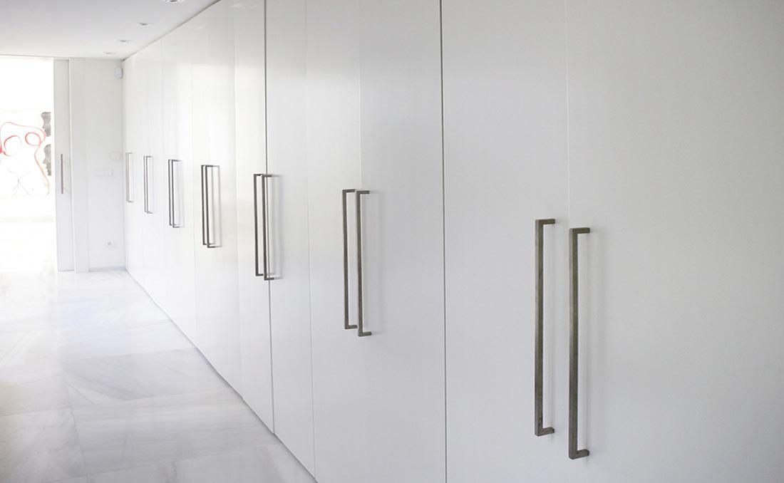 Puertas armarios empotrados precios armarios nogal for Ideas para puertas de armarios empotrados
